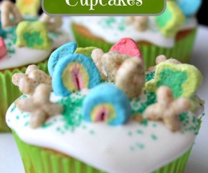 Easy Lucky Charms Cupcakes