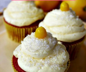 Summer Strawberry Lemonade Cupcakes