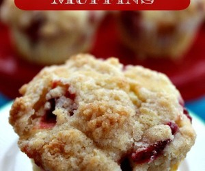 Homemade Strawberry Cheesecake Muffins